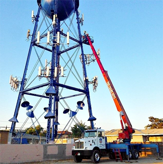 telecom specialist for crane rental service in Los Angeles